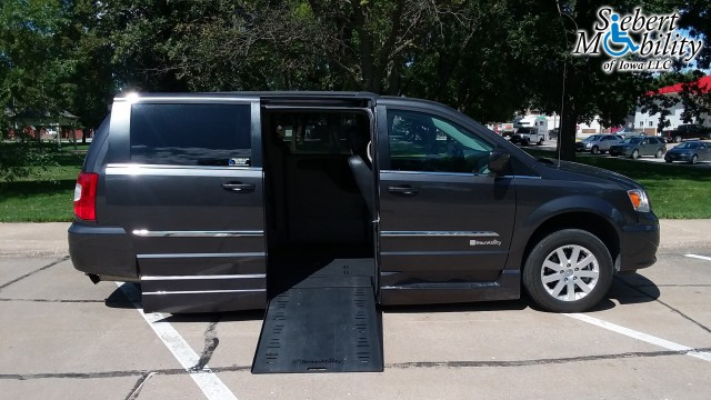 2016 Chrysler Town and Country  Wheelchair Van For Sale