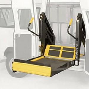 Commercial Wheelchair Lifts Iowa   Iowa Mobility LLC
